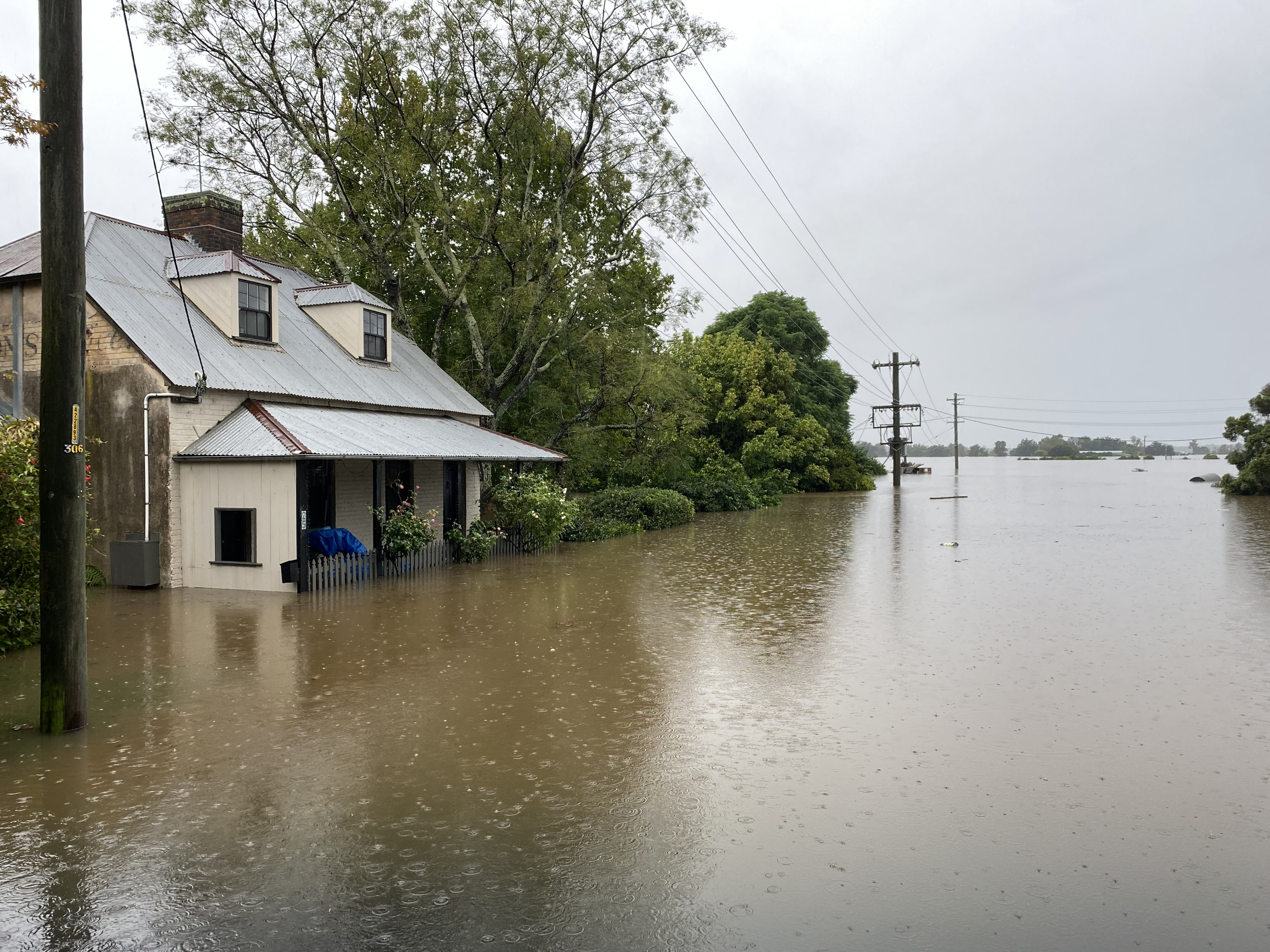 Article image for Flood-affected NSW residents demand 'flexibility' from insurers
