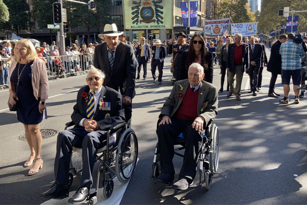 Article image for About 4000 people march for ANZAC Day despite 10,000 cap
