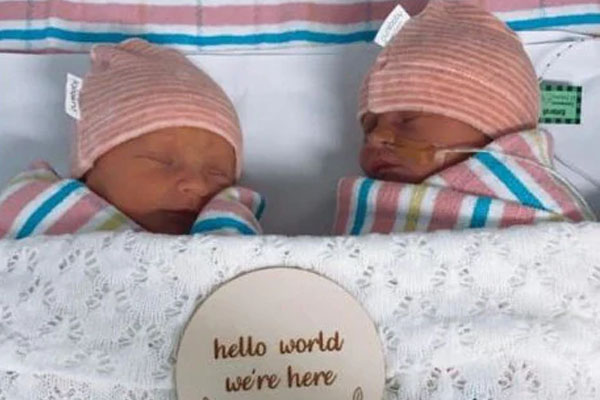 Article image for Former NRL star Alex McKinnon welcomes twin daughters