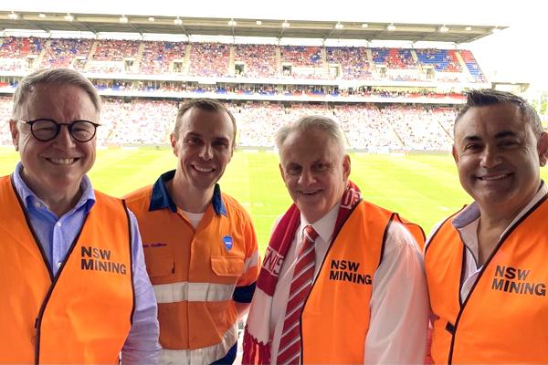 Article image for Mark Latham slams 'anti-coal activist' Malcolm Turnbull