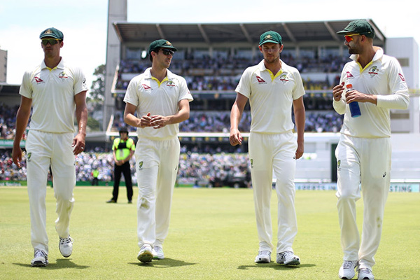 Article image for Ashes announcement overshadowed as bowlers go rogue