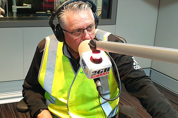 'I'm now wearing it permanently': Ray Hadley gets behind tradies