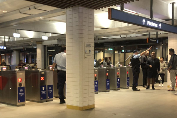 Article image for Police operation concluded after Town Hall station evacuated