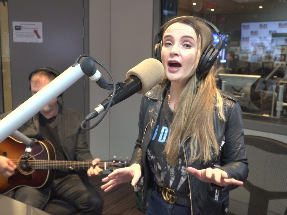 'I'm a super fan too': Emma Swift's promise to Bob Dylan diehards