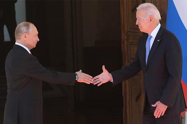 Article image for What happened when Joe Biden met Vladimir Putin