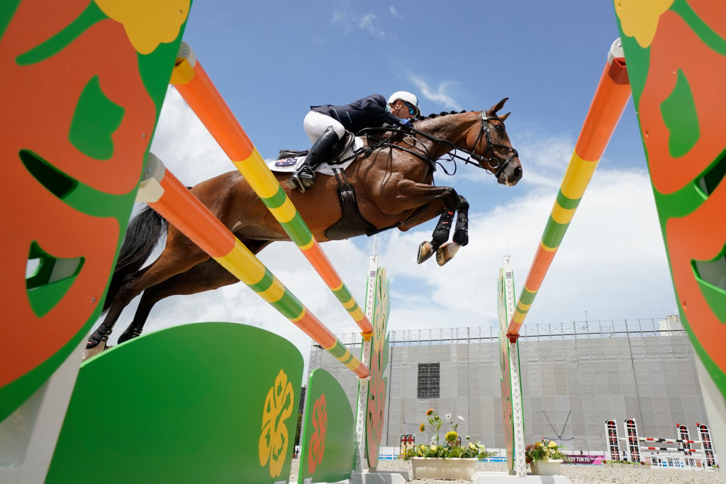 Article image for 'Country town kid' Andrew Hoy sets Australian Olympic record
