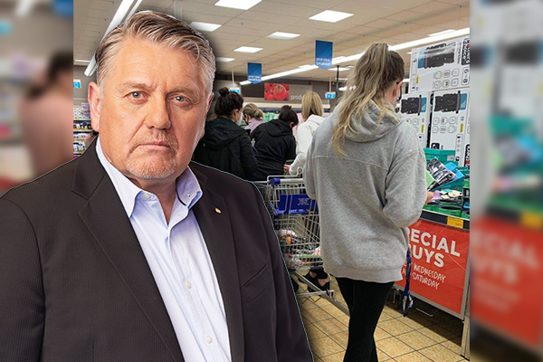 Article image for 'Irresponsible crap!': Ray Hadley issues furious challenge to Aldi CEO