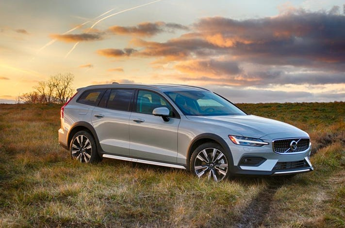 Volvo's high-riding V60 Cross Country due to arrive