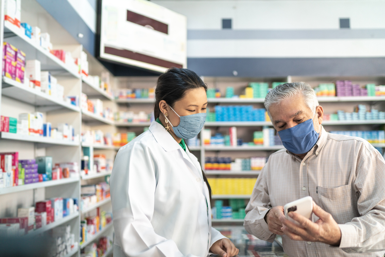 'Very good news' for vaccine rollout as pharmacists' calls answered