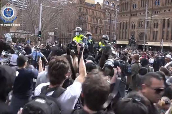 Sydney under 'watchful eye' as police prepare for 'sophisticated' protesters