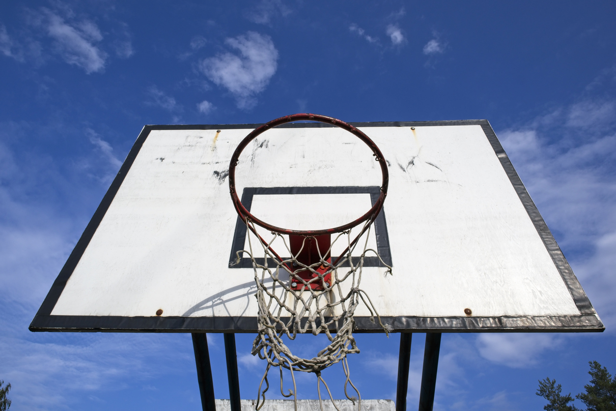 Basketball legends' intervention to let nine-year-old shoot hoops again
