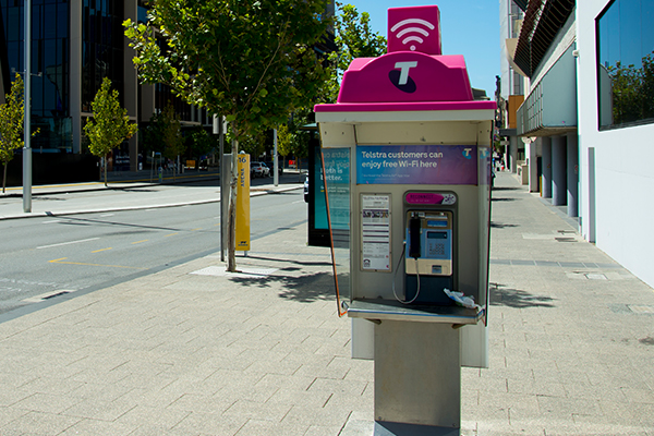 Article image for Payphones a thing of the past: Telstra welcomes 'free-phones'