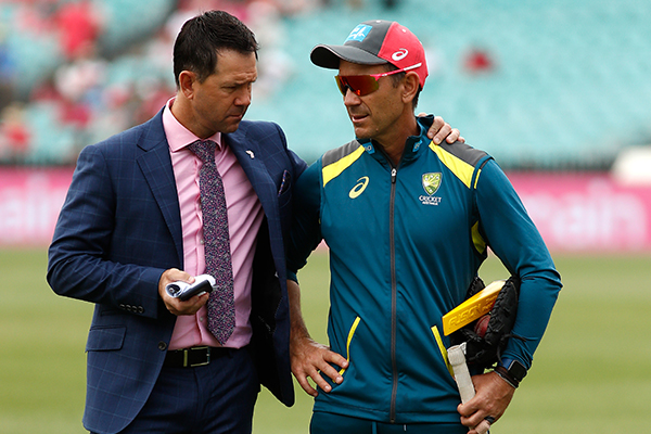 Article image for Ricky Ponting throws support behind Australian coach Justin Langer