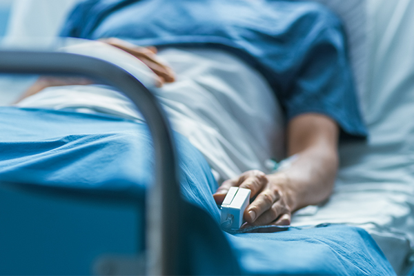 Article image for COVID patient's sobering call to the openline from his hospital bed
