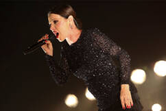 Tina Arena calls out 'blatant double standards' in COVID response