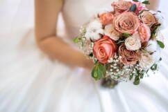 Wedding industry 'screwed' in NSW reopening plan