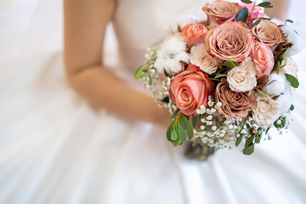 Article image for Wedding industry 'screwed' in NSW reopening plan
