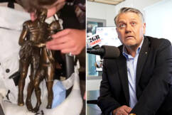Ray Hadley blows up at 'muttonhead' Panthers' 'disgraceful' celebration antics