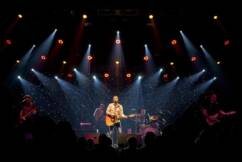 James Reyne's annual Cup Eve show to go ahead online